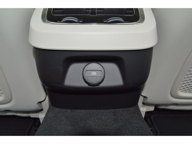 B5 インスクリプション 登録済み未使用車 ブロンドレザー 純正前後ドラレコ クライメートPK シートクーラー マッサージ機能 360度カメラ(19枚目)