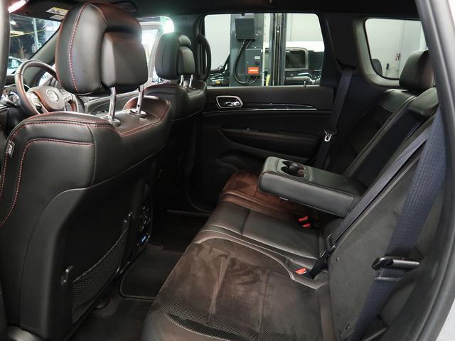 「その他」「クライスラージープ グランドチェロキー」「SUV・クロカン」「東京都」の中古車11