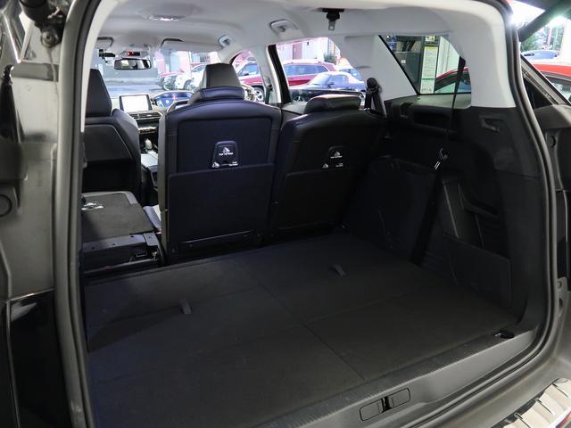 「プジョー」「5008」「SUV・クロカン」「東京都」の中古車28