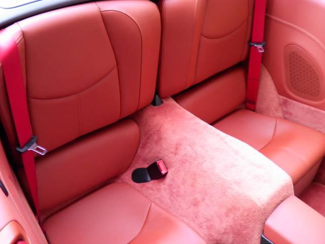 リアシートもテラコッタレザー、使用感等殆ど無く、禁煙車です。新車時メーカーオプション220万円相当付です。詳しくは弊社ホームページをご覧ください。http://www.sunshine-m.co.jp