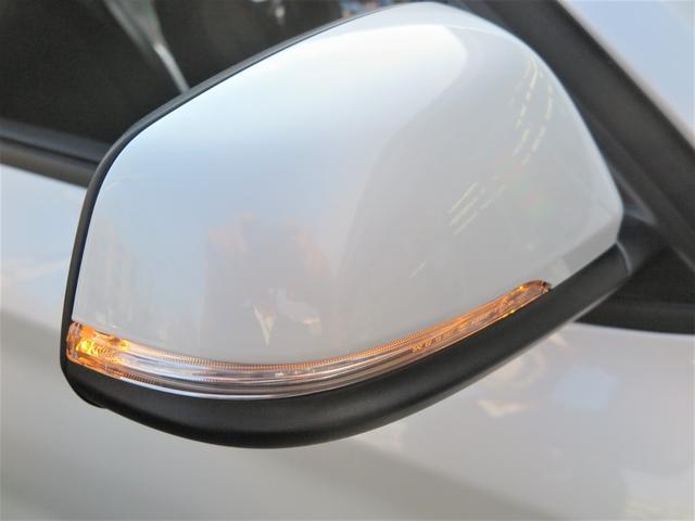 xDrive 18d  新車保証 インテリジェントセーフティ Pシート 純正タッチパネル式HDDナビ MSV ミラーETC 17AW LEDライト レーンチェンジングアシスト 衝突軽減B フルタイム4WD コンフォートアクセス 8速AT(15枚目)