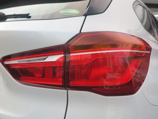 xDrive 18d  新車保証 インテリジェントセーフティ Pシート 純正タッチパネル式HDDナビ MSV ミラーETC 17AW LEDライト レーンチェンジングアシスト 衝突軽減B フルタイム4WD コンフォートアクセス 8速AT(19枚目)