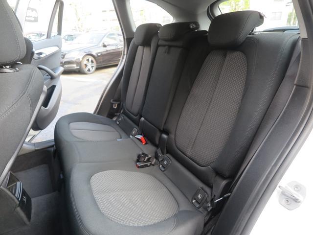 xDrive 18d  新車保証 インテリジェントセーフティ Pシート 純正タッチパネル式HDDナビ MSV ミラーETC 17AW LEDライト レーンチェンジングアシスト 衝突軽減B フルタイム4WD コンフォートアクセス 8速AT(24枚目)
