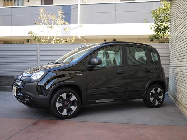 CITY CROSS 1.2 8v 5MT 新車(2枚目)