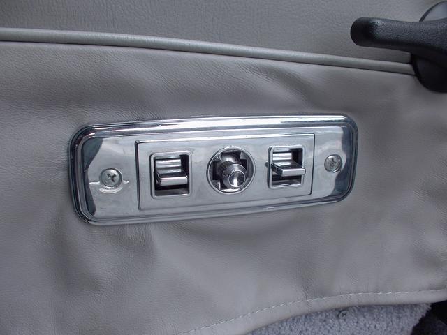 シボレー シボレー シェビーバン 新車並行 HDDナビ リアモニター ハイコンディンション