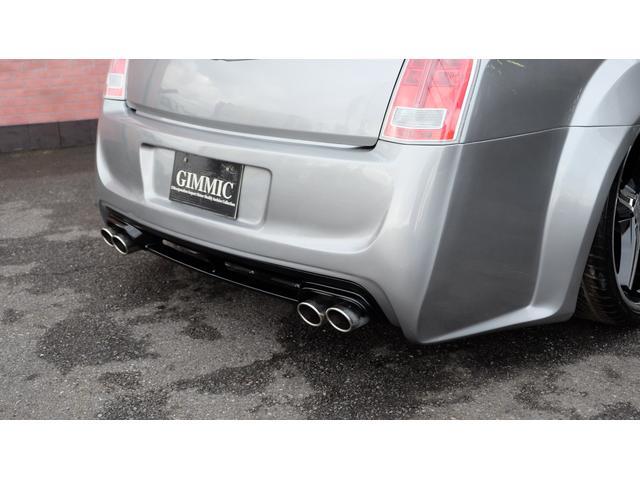 5.7HEMI V8 5.7HEMI GIMMICフルエアロ GIMMICデュアルステンレスマフラー GIMMICデュアルステンレスマフラー GIMMIC車高調 パノラマサンルーフ付(37枚目)