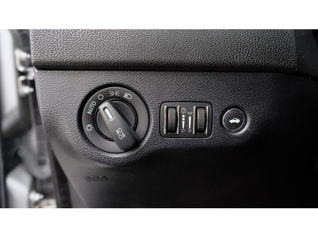 5.7HEMI V8 5.7HEMI GIMMICフルエアロ GIMMICデュアルステンレスマフラー GIMMICデュアルステンレスマフラー GIMMIC車高調 パノラマサンルーフ付(59枚目)