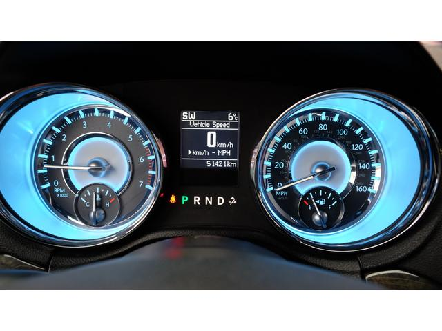 5.7HEMI V8 5.7HEMI GIMMICフルエアロ GIMMICデュアルステンレスマフラー GIMMICデュアルステンレスマフラー GIMMIC車高調 パノラマサンルーフ付(60枚目)