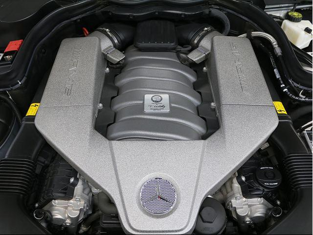 メルセデス・ベンツ M・ベンツ C63 AMGクーペ パフォーマンスPKG