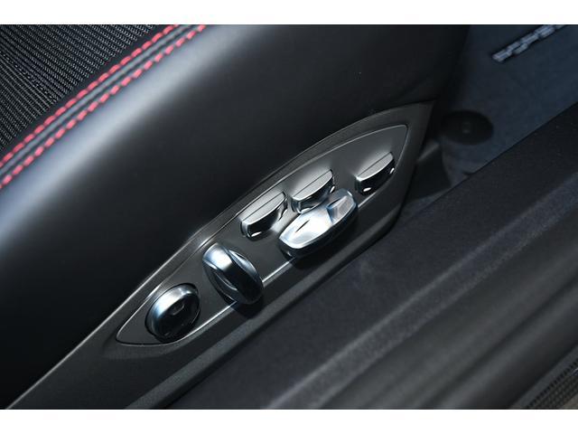 911GT3ツーリングパッケージ 6速マニュアル スポクロ(16枚目)