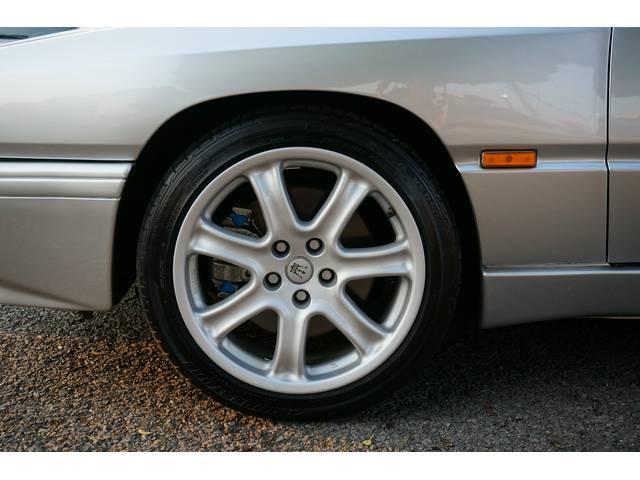 マセラティ マセラティ ギブリ 2.0 V6 GT 306PS 6MT 最終型 1オーナー