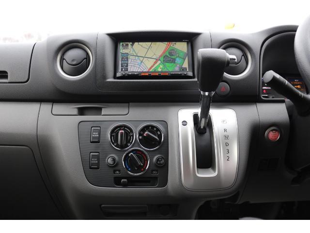 プレミアムGX 2.5DT 2WD 3列シート 5ナンバー(12枚目)