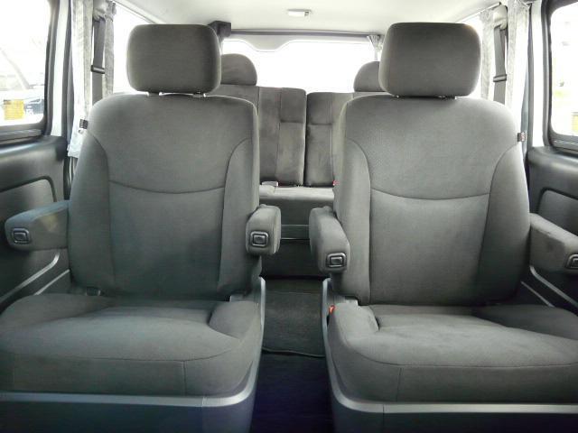正規乗用登録のステルスでは7〜8人乗り制作します。8人乗り車両本体価格318万円、7人乗り車両本体価格338万円!詳しくはwww.stealth-jp.com