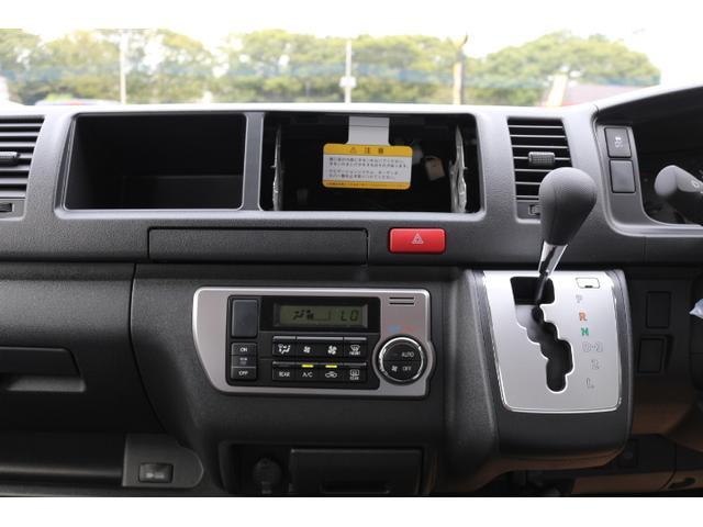 2,7G 4WD 10人乗り 3ナンバー乗用登録(16枚目)
