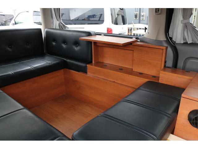 ロングプレミアムGXクロムギアパックバージョンブラック 2000ガソリン 2WD オグショー社制作ベッドキット ベバストFFヒーター サブバッテリー ソーラー充電 冷蔵庫 車中泊(26枚目)