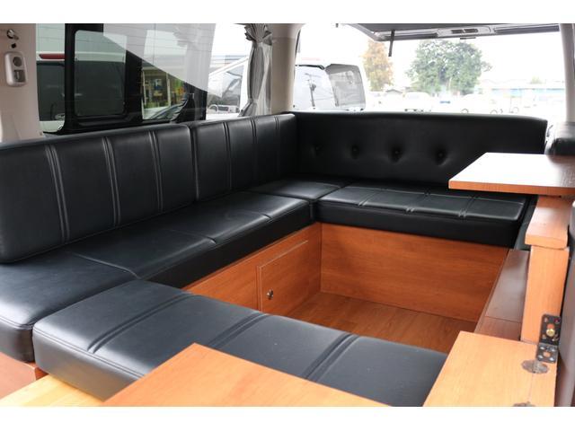 ロングプレミアムGXクロムギアパックバージョンブラック 2000ガソリン 2WD オグショー社制作ベッドキット ベバストFFヒーター サブバッテリー ソーラー充電 冷蔵庫 車中泊(29枚目)