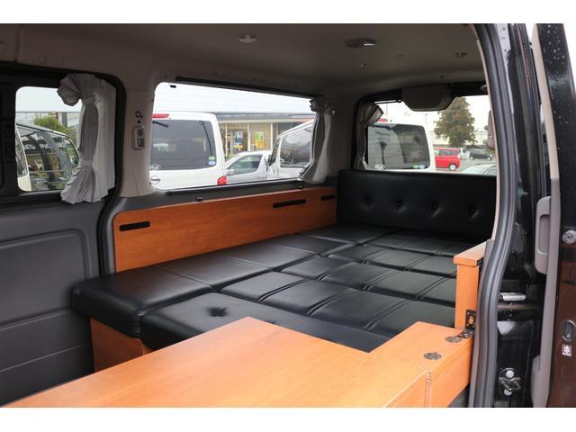 ロングプレミアムGXクロムギアパックバージョンブラック 2000ガソリン 2WD オグショー社制作ベッドキット ベバストFFヒーター サブバッテリー ソーラー充電 冷蔵庫 車中泊(33枚目)