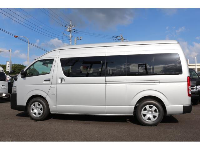 2.8DT 10人乗り3ナンバー乗用登録 普通免許 事業用可(2枚目)