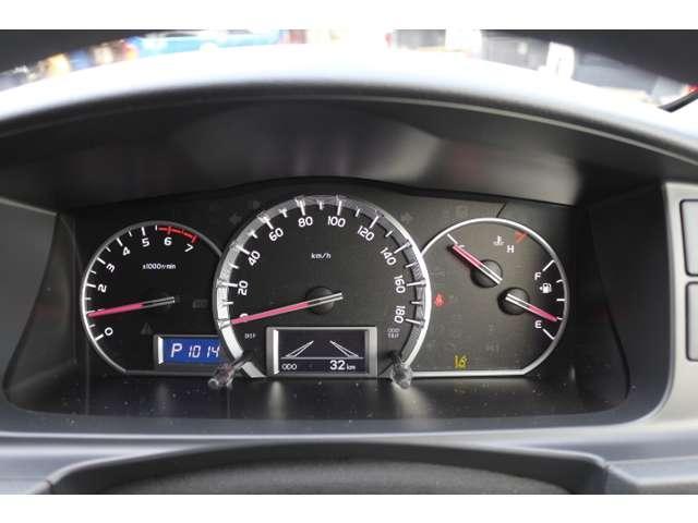 2.7G 4WD 10人乗 3ナンバー乗用登録 事業用可(9枚目)