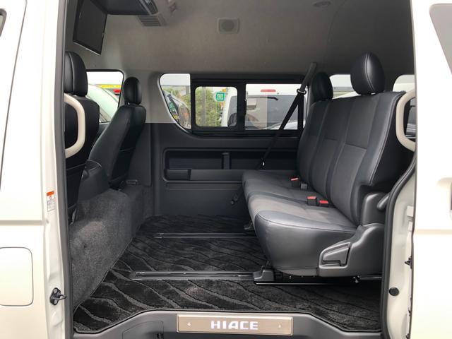 2800ディーゼル 2WD 8人乗り3ナンバー乗用登録(12枚目)