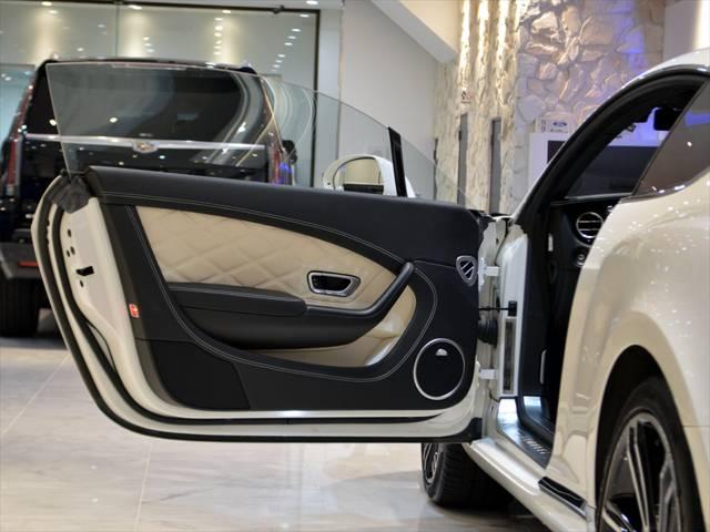 ベントレー ベントレー コンチネンタル GT V8 マリナードライバーズスペック 左H 21AW