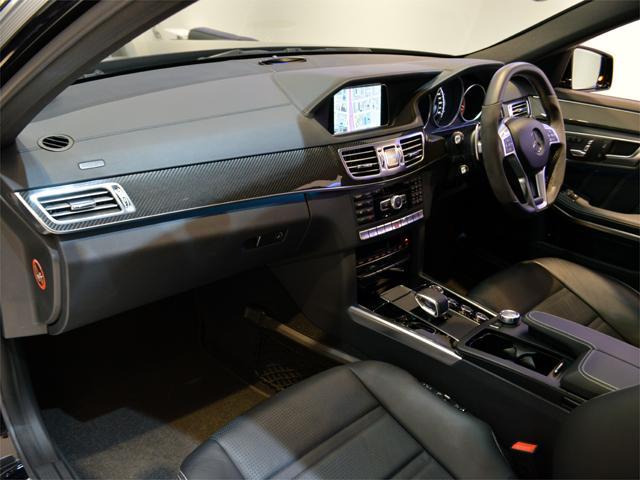 E63 AMG S AMGカーボンPKG 右H(16枚目)