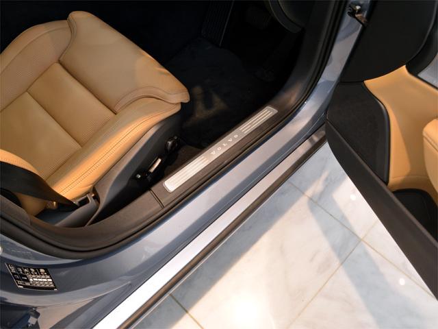 T6 AWD インスクリプション BW Pルーフ 20AW(12枚目)