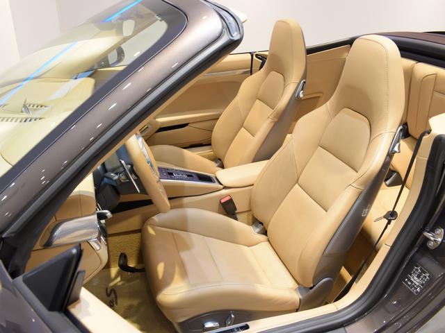 911カレラS カブリオレ EU新並 2014MY スポーツクロノ スポーツエグゾースト 20inクラシックホイール エントリーアンドドライブ シートヒーター ベンチレーション レザーインテリア スポーツシートプラス 電格ミラー(11枚目)