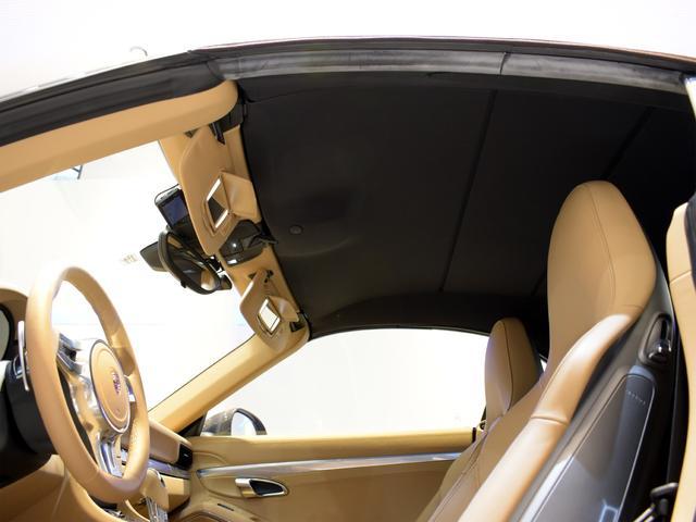911カレラS カブリオレ EU新並 2014MY スポーツクロノ スポーツエグゾースト 20inクラシックホイール エントリーアンドドライブ シートヒーター ベンチレーション レザーインテリア スポーツシートプラス 電格ミラー(12枚目)