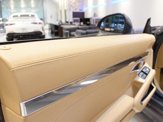 911カレラS カブリオレ EU新並 2014MY スポーツクロノ スポーツエグゾースト 20inクラシックホイール エントリーアンドドライブ シートヒーター ベンチレーション レザーインテリア スポーツシートプラス 電格ミラー(17枚目)