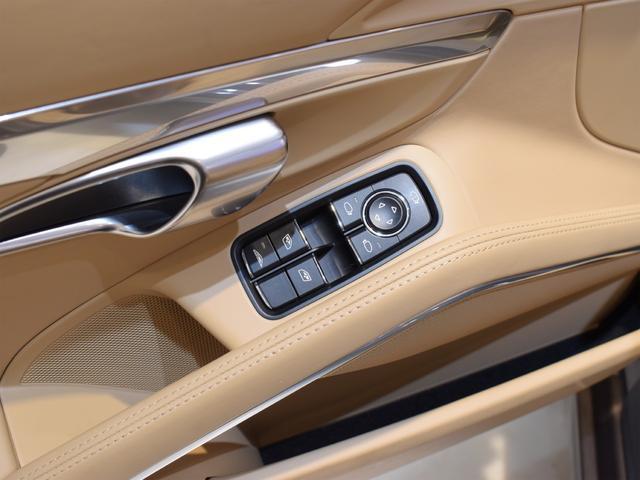 911カレラS カブリオレ EU新並 2014MY スポーツクロノ スポーツエグゾースト 20inクラシックホイール エントリーアンドドライブ シートヒーター ベンチレーション レザーインテリア スポーツシートプラス 電格ミラー(18枚目)