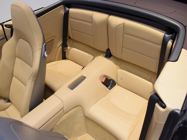 911カレラS カブリオレ EU新並 2014MY スポーツクロノ スポーツエグゾースト 20inクラシックホイール エントリーアンドドライブ シートヒーター ベンチレーション レザーインテリア スポーツシートプラス 電格ミラー(32枚目)