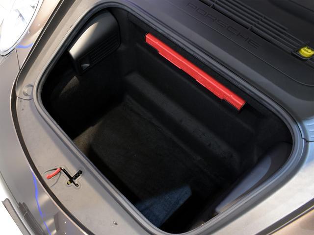 911カレラS カブリオレ EU新並 2014MY スポーツクロノ スポーツエグゾースト 20inクラシックホイール エントリーアンドドライブ シートヒーター ベンチレーション レザーインテリア スポーツシートプラス 電格ミラー(33枚目)