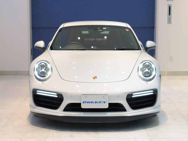 911ターボ 1オーナー車 黒赤2トーンレザー スポーツクロノPKG PASM LEDヘッドライト シートヒーター 電動格納ミラー BOSEオーディオ 14way電動シート GTスポーツステアリング Rカメラ(2枚目)