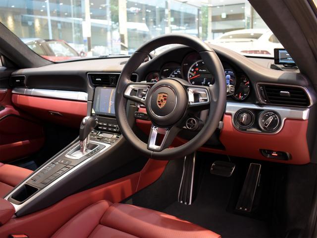 911ターボ 1オーナー車 黒赤2トーンレザー スポーツクロノPKG PASM LEDヘッドライト シートヒーター 電動格納ミラー BOSEオーディオ 14way電動シート GTスポーツステアリング Rカメラ(6枚目)