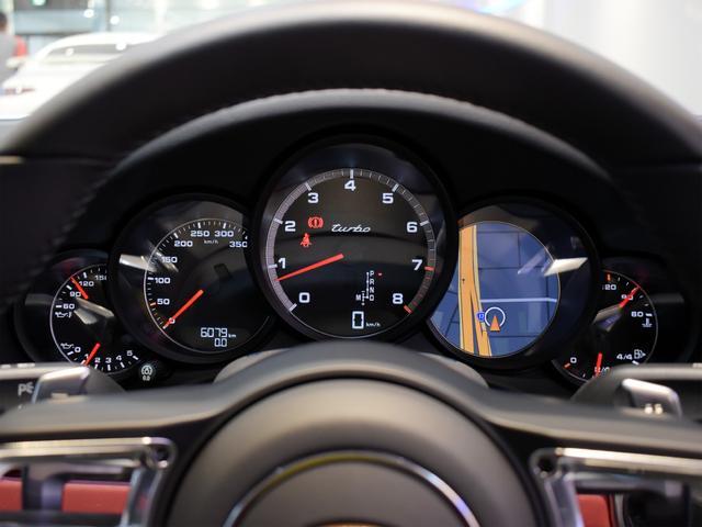 911ターボ 1オーナー車 黒赤2トーンレザー スポーツクロノPKG PASM LEDヘッドライト シートヒーター 電動格納ミラー BOSEオーディオ 14way電動シート GTスポーツステアリング Rカメラ(8枚目)
