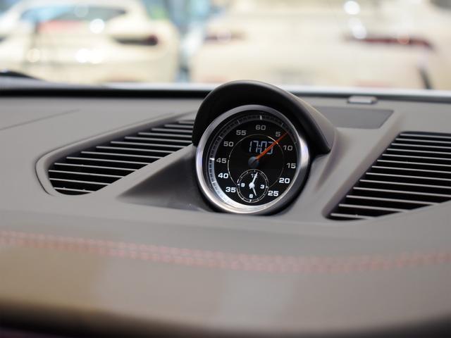 911ターボ 1オーナー車 黒赤2トーンレザー スポーツクロノPKG PASM LEDヘッドライト シートヒーター 電動格納ミラー BOSEオーディオ 14way電動シート GTスポーツステアリング Rカメラ(28枚目)