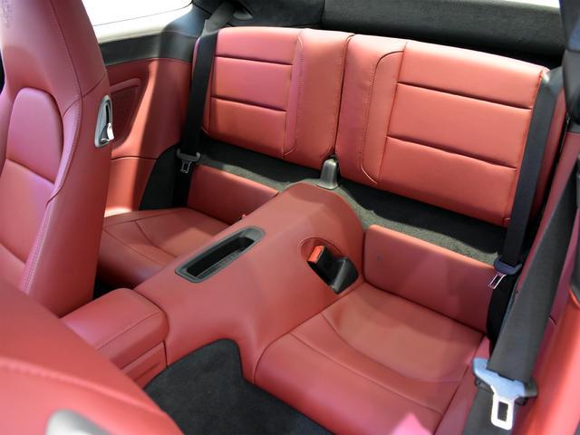 911ターボ 1オーナー車 黒赤2トーンレザー スポーツクロノPKG PASM LEDヘッドライト シートヒーター 電動格納ミラー BOSEオーディオ 14way電動シート GTスポーツステアリング Rカメラ(33枚目)