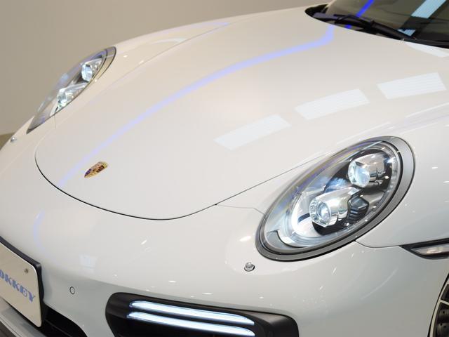 911ターボ 1オーナー車 黒赤2トーンレザー スポーツクロノPKG PASM LEDヘッドライト シートヒーター 電動格納ミラー BOSEオーディオ 14way電動シート GTスポーツステアリング Rカメラ(38枚目)