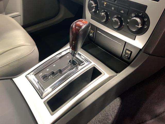 「クライスラー」「クライスラー 300Cツーリング」「ステーションワゴン」「埼玉県」の中古車16