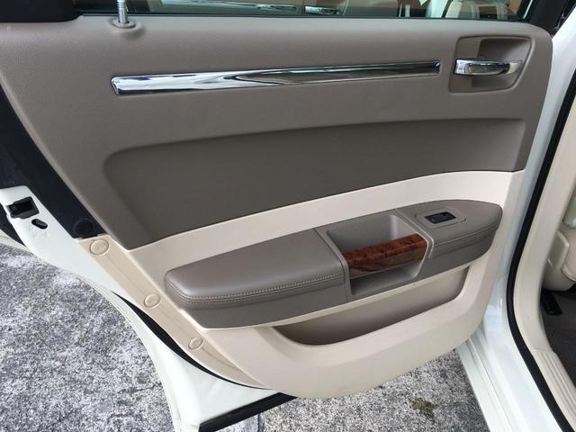 5.7HEMI 2008年モデル 5.7L HEMI ヘリテイジエディション 車高調 22インチアルミ(29枚目)
