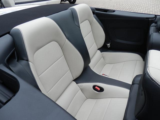 フォード フォード マスタング V8 GTコンバーチブル プレミアム 走行証明書付き