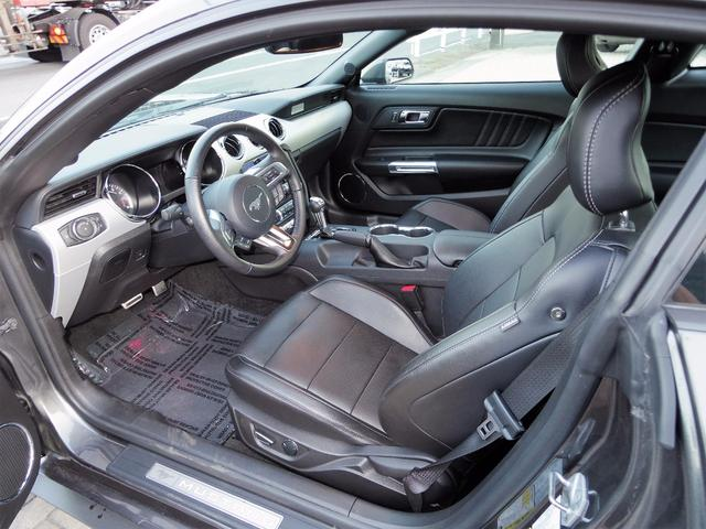 フォード フォード マスタング エコブーストプレミアム 自社輸入走行証明 2017モデル