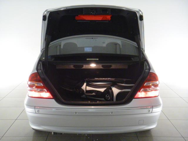 メルセデス・ベンツ M・ベンツ C230AVG1オーナー 黒半革バイキセノン禁煙車