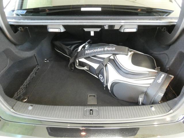 メルセデス・ベンツ M・ベンツ E300AVG1オーナーキーレスGO地デジBカメラ黒本革禁煙