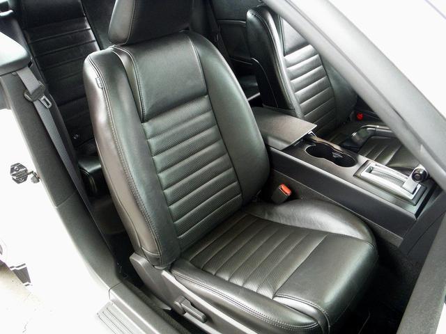 フォード フォード マスタング V8 GTコンバーチブル プレミアム 正規ディーラー車