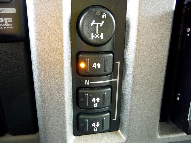 「ハマー」「ハマー H2」「SUV・クロカン」「東京都」の中古車19