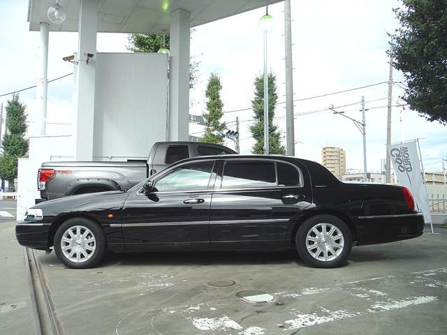 「リンカーン」「リンカーン タウンカー」「セダン」「東京都」の中古車2