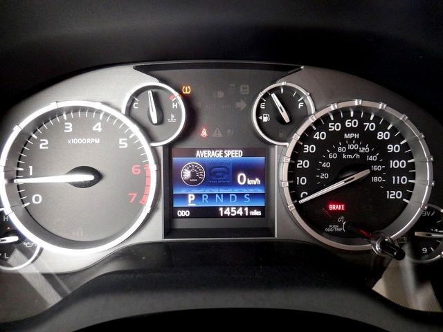 クルーマックス 1794エディション 4WD 新車並行車 リフトアップ ワンオフマフラー 専用ブラウンレザーシート シートヒーター・クーラー サンルーフ ブラインドスポットモニター LEERハードシェル付 6速AT クルーズコントロール(17枚目)