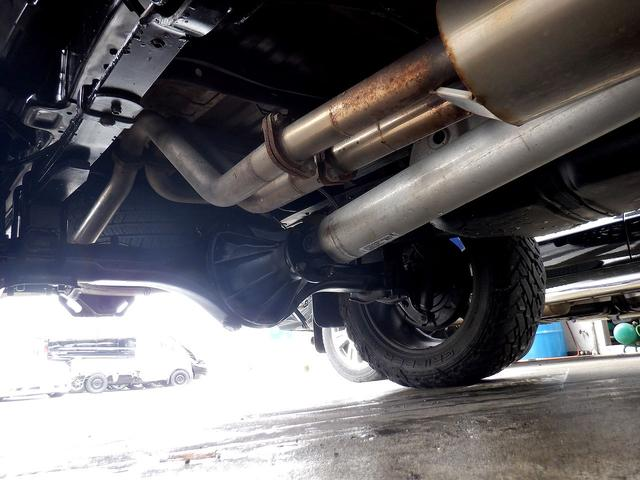 クルーマックス 1794エディション 4WD 新車並行車 リフトアップ ワンオフマフラー 専用ブラウンレザーシート シートヒーター・クーラー サンルーフ ブラインドスポットモニター LEERハードシェル付 6速AT クルーズコントロール(60枚目)